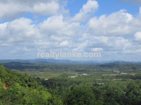 Propery With 360 Panoraminc View Of Matara