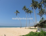 Beachfront property with panoromic view BB 64